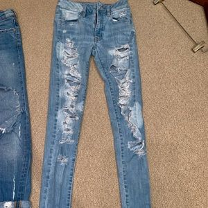 Light wash high waisted ripped jeans